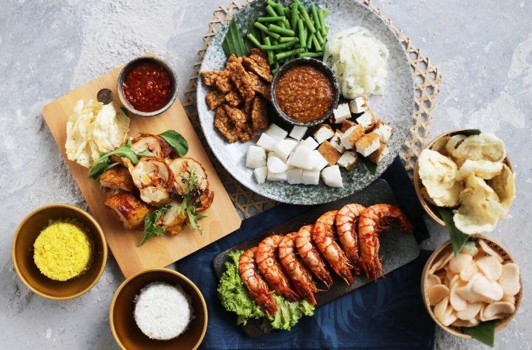 Burgerlari Cheras Leisure Mall Jakim Halal Certified Chicken Burgers Delish Recipes Halal Recipes Restaurant Recipes